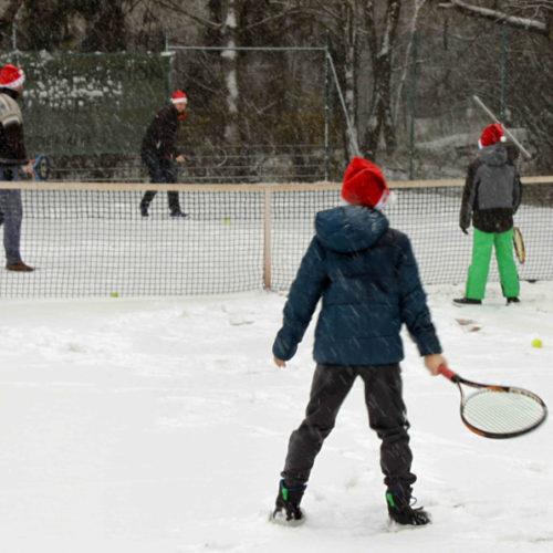 Tennis im Schnee