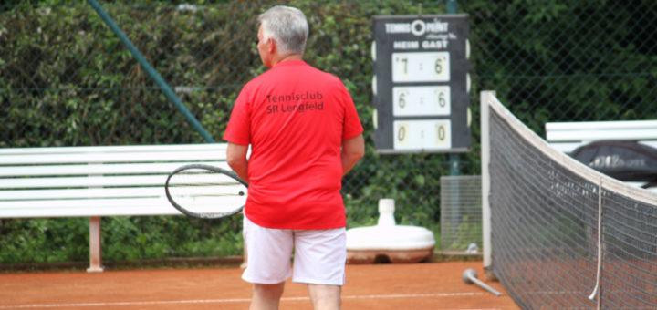 Werner im roten TCSR Shirt